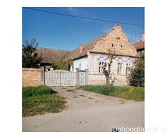 Prodaja kuće u Gložanu