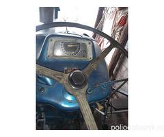 Traktor Ford 2000